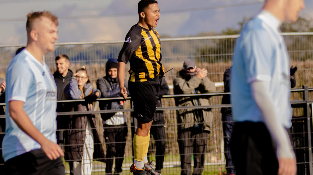 Paget progress in the FA Vase